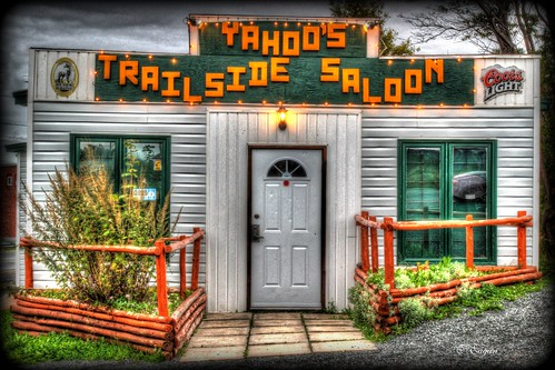 autumn canada port newfoundland bars downtown colours harbour yahoos saloon newfie trailside clarenville