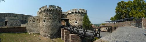 The entrance of Beogradska tvrđava | by ZeWaren