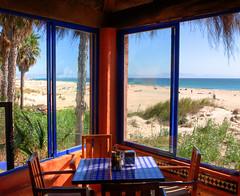 Mesa con vistas... Hotel dos mares, Tarifa