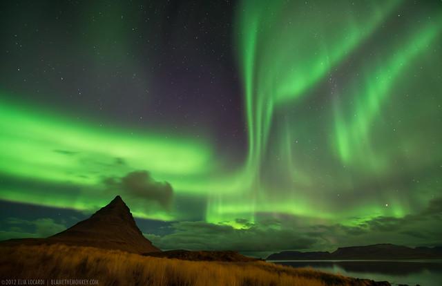 Heaven and Earth - The Icelandic Aurora