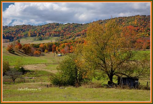 virginia highlandcounty virginiamountains bluegrassvalley fallcolor fencesgates october2012 october 2012 explore canon241054l