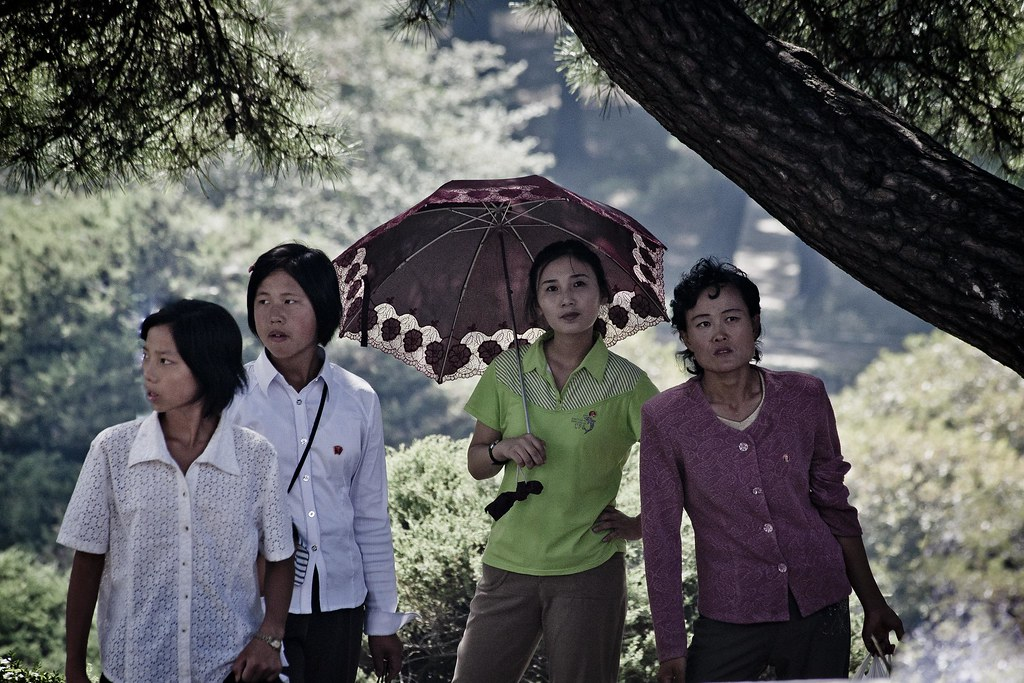 Pyongyang ladies, DPRK (North Korea) | www doingtraveling co… | Flickr