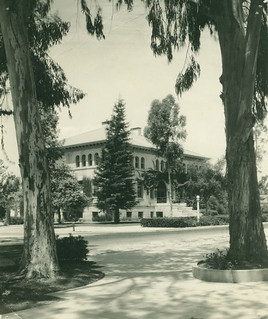 Pearsons Hall in 1930