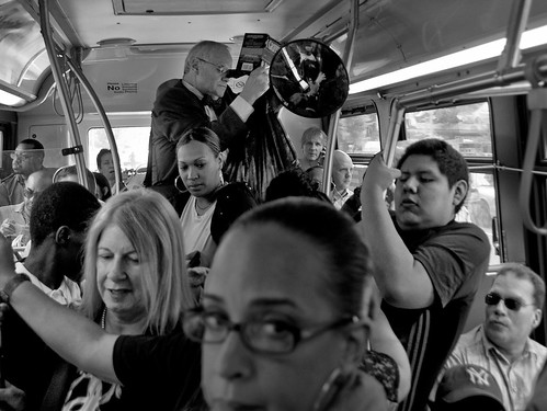 Crowded Bus - D7K 2900 ep | by Eric.Parker