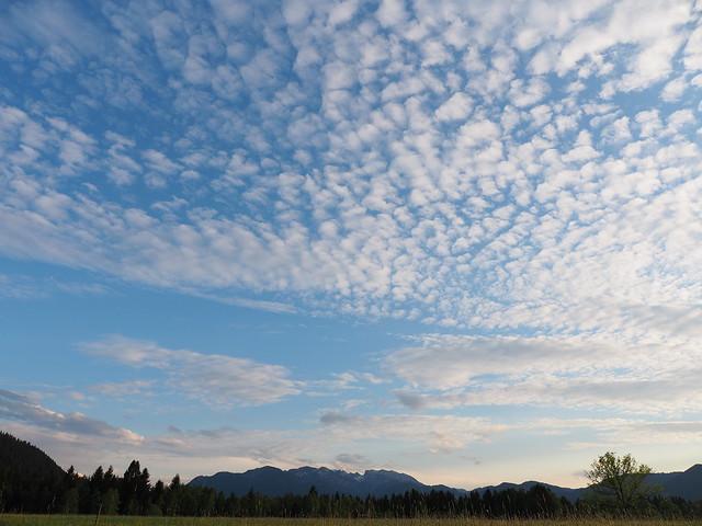 Wiese Feld Wolken Himmel Bayern Oberbayern - Field Meadow Pasture Cloud Sky Upper Bavaria