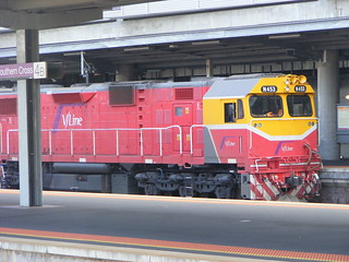 V Line N453 Southern Cross 03.03.10 | by Andys Trains