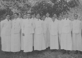 Waiters at the Claremont Inn in 1906