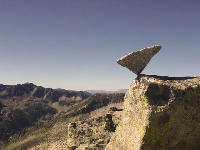 land art à la Pic rouge de Bassiès (2676m)