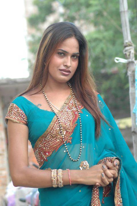 Rani Hijra - Narendra Hijra (6)   Me Punjabi Hijra Hun Or Bi