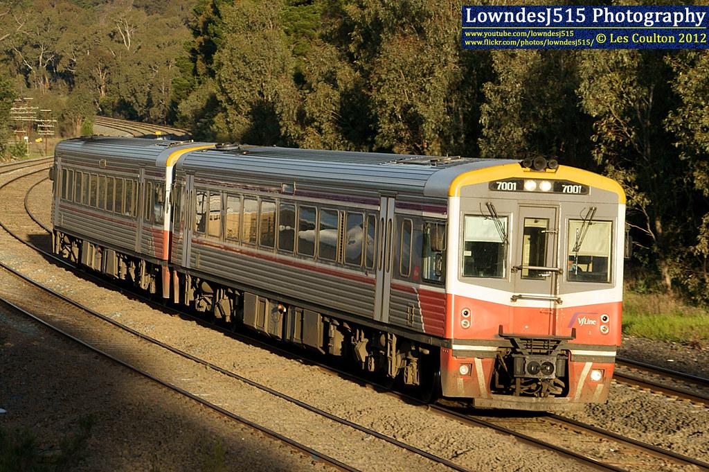 7001 & 7003 at Broadford by LowndesJ515
