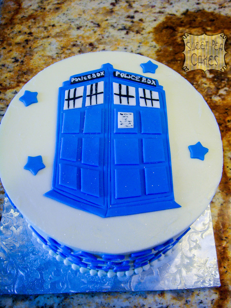 Super Dr Who Birthday Cake Small Birthday Cake With Fondant Acc Flickr Funny Birthday Cards Online Inifofree Goldxyz