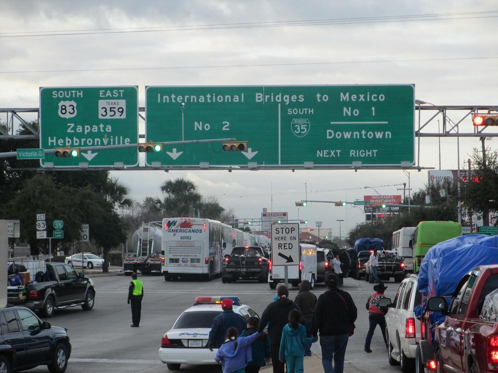 Laredo Texas-International Bridge # 2 | Jose Vazquez | Flickr