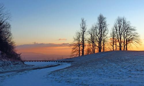 sunrise landscape northcarolina blueridgeparkway westernnorthcarolina southernappalachians thelumpoverlook canonpowershotsx40hs
