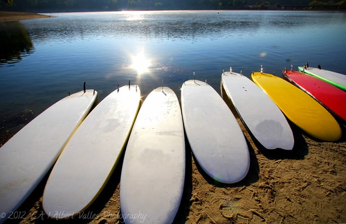 california yoga sunrise boat cocacola digitalphotography lacounty castaiclake ilovela creativephotography surfingboards sunrisephotography canoneosdigitalslr discoverlosangeles rebelt2i albertvalles beautifulpicturesandcolorsoflosangeles