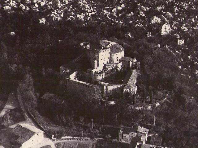castel pietra 1976