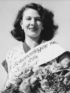 1951 Miss Scheveningen 01   by Cor Draijer