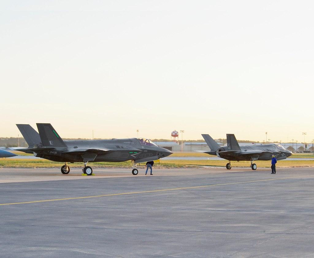 Multinational F-35 Ferry