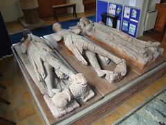 de Horkesley wooden tomb effigies