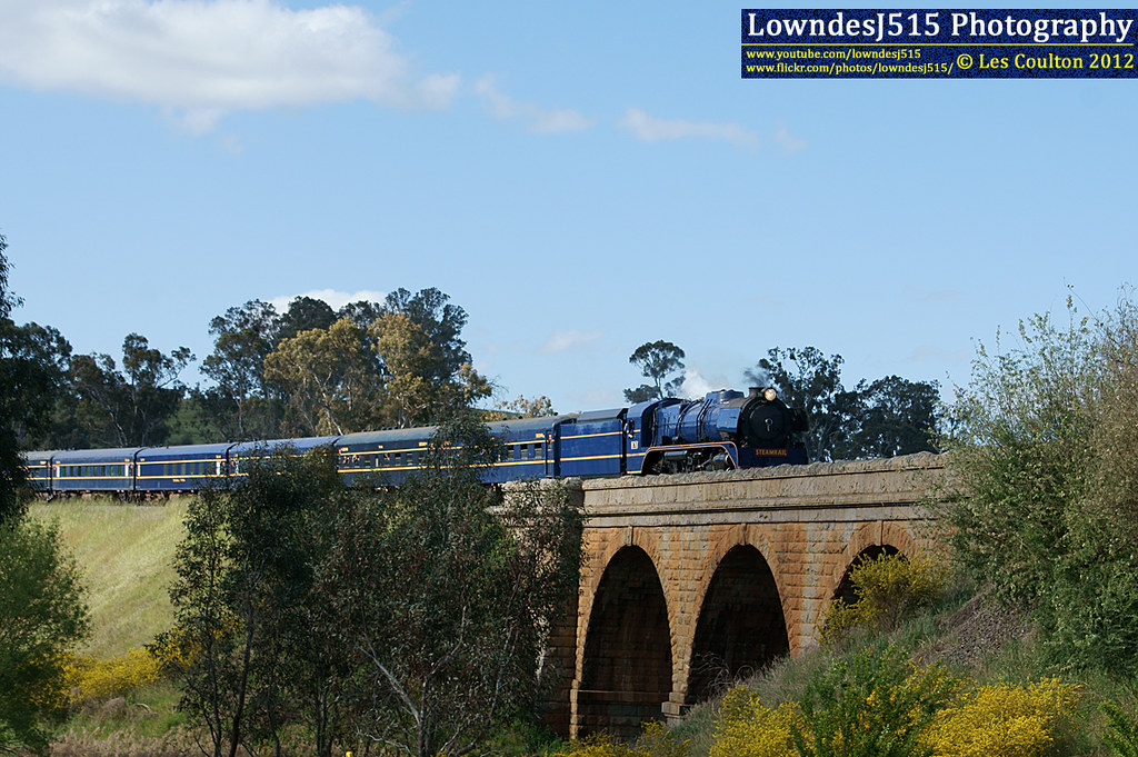 R711 at Harcourt by LowndesJ515