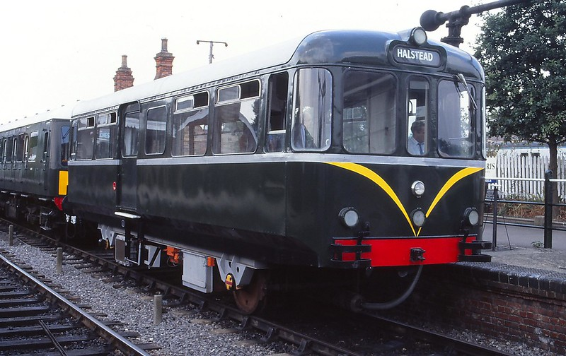 8148746327 7b00199cab c - The Southend Pier railway