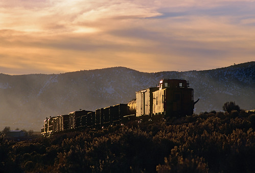 railroad sunset train smoke nevada wave caboose nv rs2 glint freighttrain alco pastelsky nevadanorthern rs3 nnry photofreight eastely steptoecreekfill