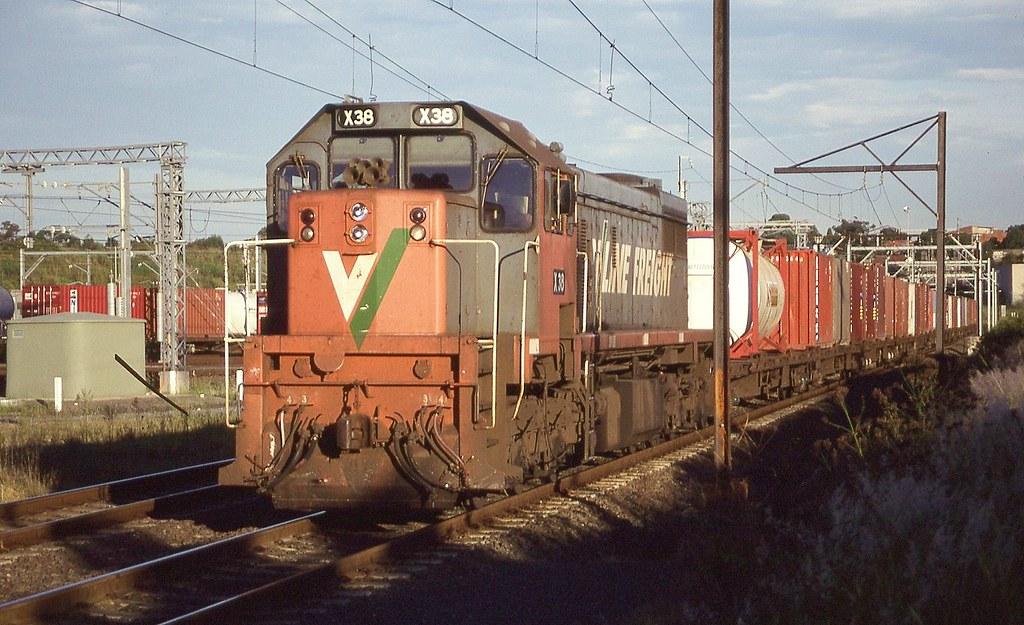 26/03/1999 X38 Dn Austrac service @ Enfield Yards by John  Hammett