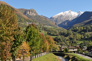 Automne en vallée d'Ossau, Béarn, Pyrénées Atlantiques, Aquitaine, France. | by byb64