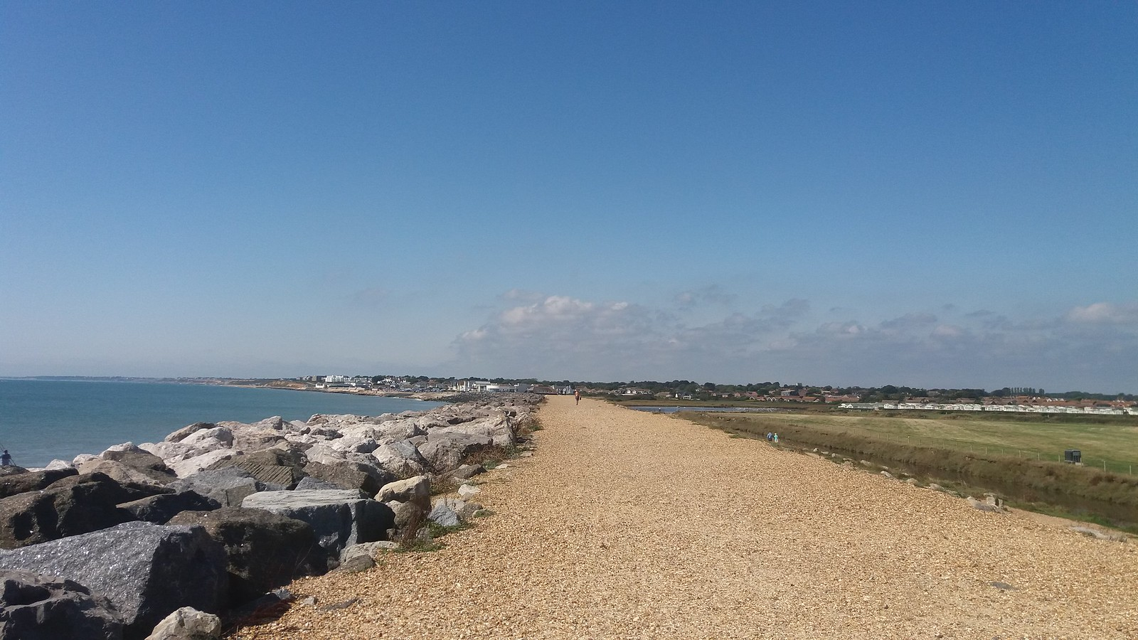 20160907_140715 Hurst Castle spit towards Milford on Sea