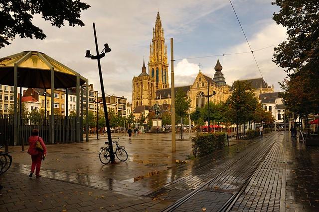 Antwerp : The Groenplaats after the rain  - 1 -