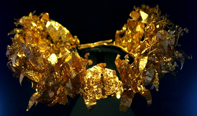 Gold Myrtle Wreath, Derveni, Macedon, 300BC. Thessalonica Archaeological Museum