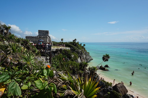Templo Dios del Viento (God of Winds Temple) and beach at Tulum, Mexico | by mattk1979