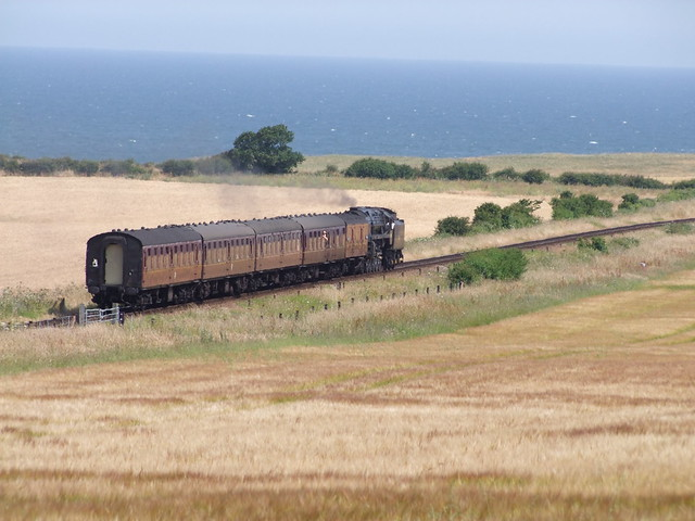 9F Black Prince 92203 departs Weybourne on a afternoon service to Sheringham 07-07-18