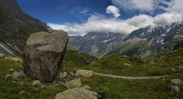 The Lauterbrunnental and the  Jungfrau mauntain .Canton of Bern, Switzerland.  28.06.18, 14:08:30 .Izakigur   No, 016 17