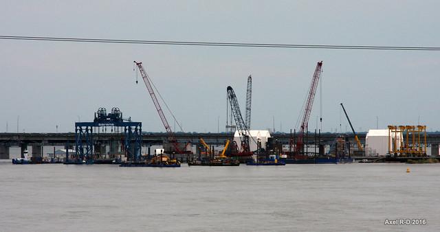 Construction du nouveau pont Champlain