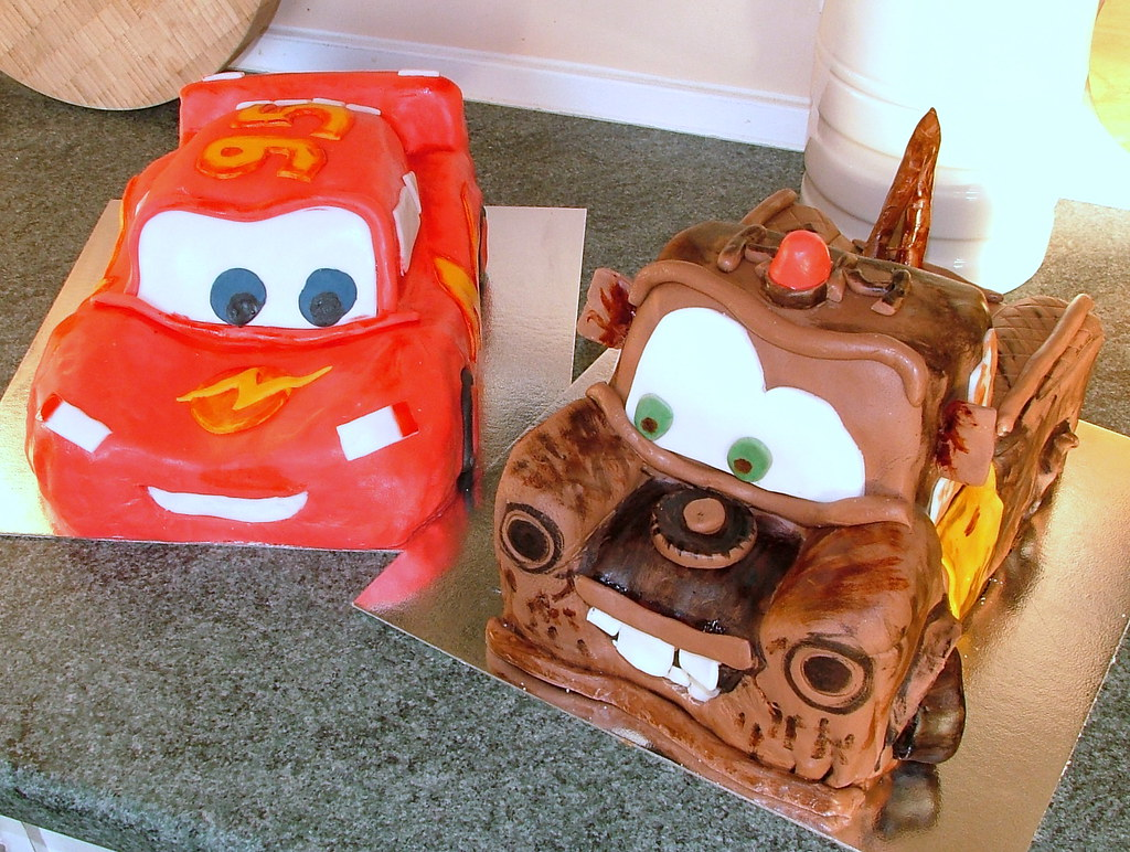 Terrific The Cars Mcqueen Ans Mater Birthday Cake For The Fans Of T Flickr Funny Birthday Cards Online Alyptdamsfinfo