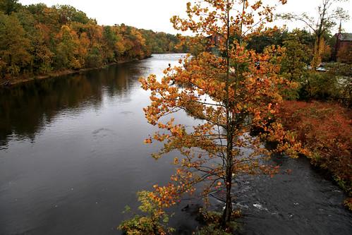 autumn fall colors river foliage chicoee