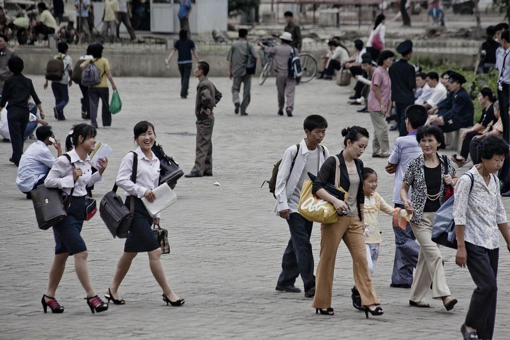 Street scene in Pyongyang, DPRK (North Korea)   Pyongyang