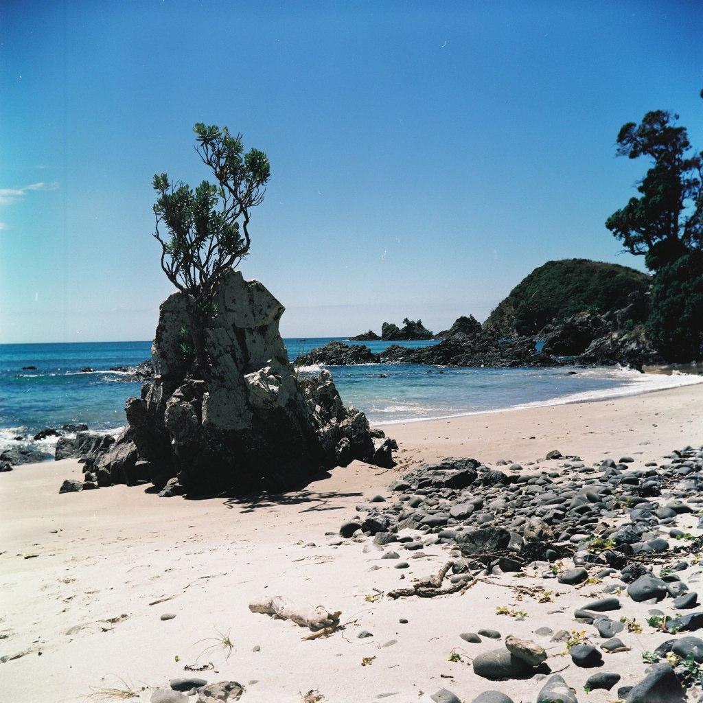 Vanuatu Beaches: Lubitel 166b, Fuji Film CS-120