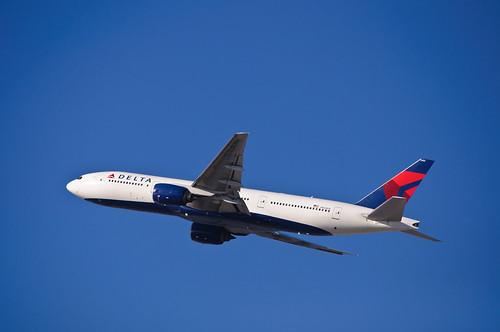 Delta Air Lines - N864DA | by InSapphoWeTrust