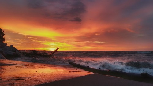 sunrise toronto canada waves