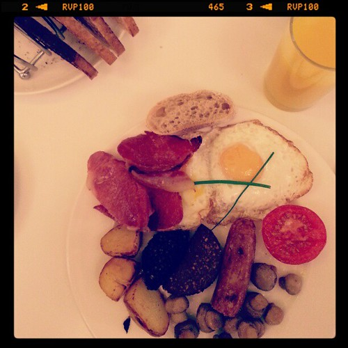 Full Irish breakfast, el desayuno de los campeones :-) | by edans