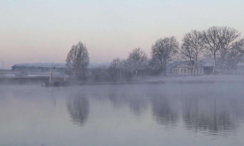 Kerststoomtrein in winters landschap I