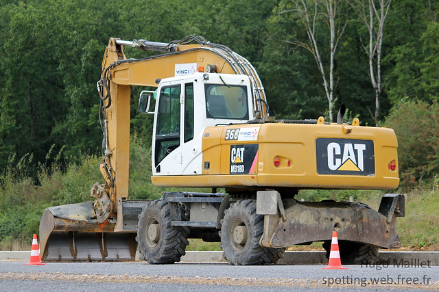 Vinci Construction | Caterpillar M318D