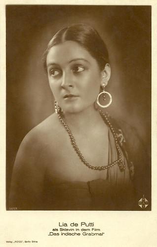 Lya de Putti in Das Indische Grabmal (1921)