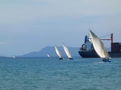 za, 27/10/2012 - 13:26 - 054. Goederenvervoer naar omliggende eilanden met Dhows