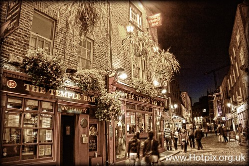 ireland dublin irish color colour beer sepia bar night temple dawn evening movement pub stag shot nightshot dusk tripod drinking tourists area guiness pubs toned templebar drinkers lager stagnight selective hotpix lout tonysmith irishness tonysmiththat tonysmithit