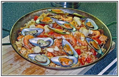 spain valencia paella food seafood rice shellfish canon