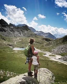 Walking in the Mountains #walking #mountain #gressoney #valdaosta #travelgram #picoftheday #photooftheday #igers #igersitalia #sky #clouds #cloudy #blue #grass #path #rocks #mylittlebabygirl #Margherita #kid #fun #family #life   by Mario De Carli