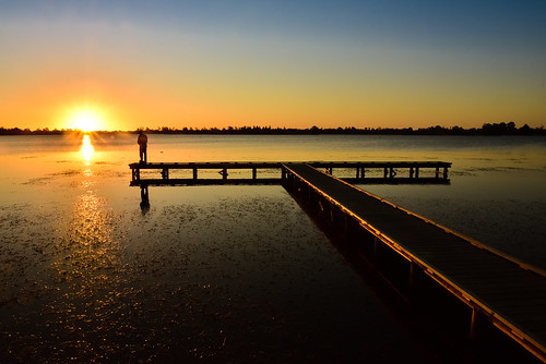 phunnyfotos australia victoria vic ballarat lake silhouette lakewendouree sunset fisherman fishing pier jetty goldenhour centralvictoria nikon d750 nikond750 reflection glow man