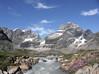 Údolí uzavírají divoké hory, foto: Libor Hnyk